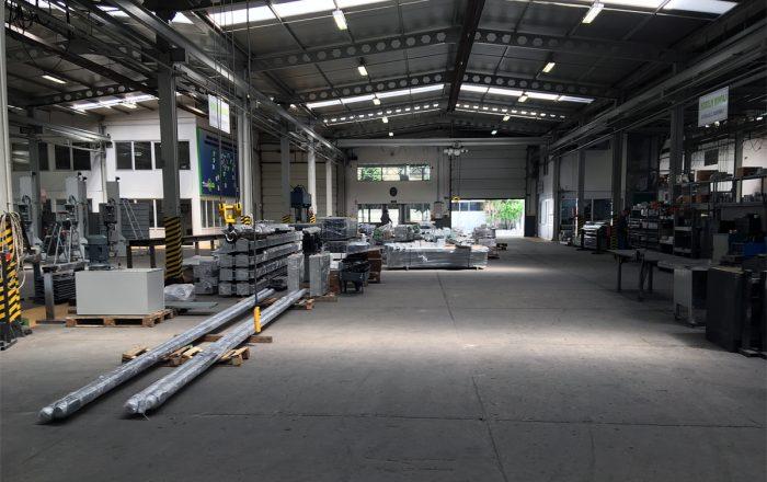 Цех завода парковочного оборудования