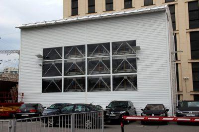 Пазловая парковка на автомобильной стоянке