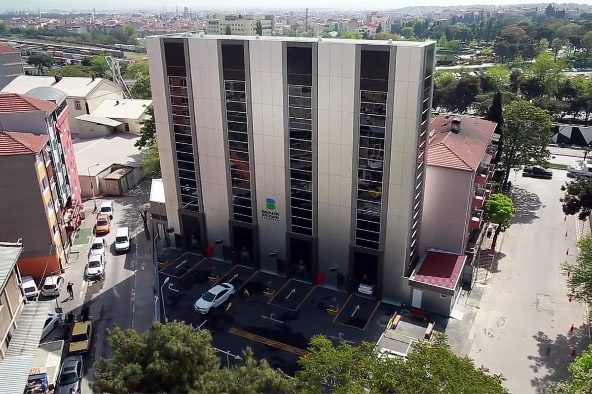 Автоматическая башенная парковка для районов массовой застройки