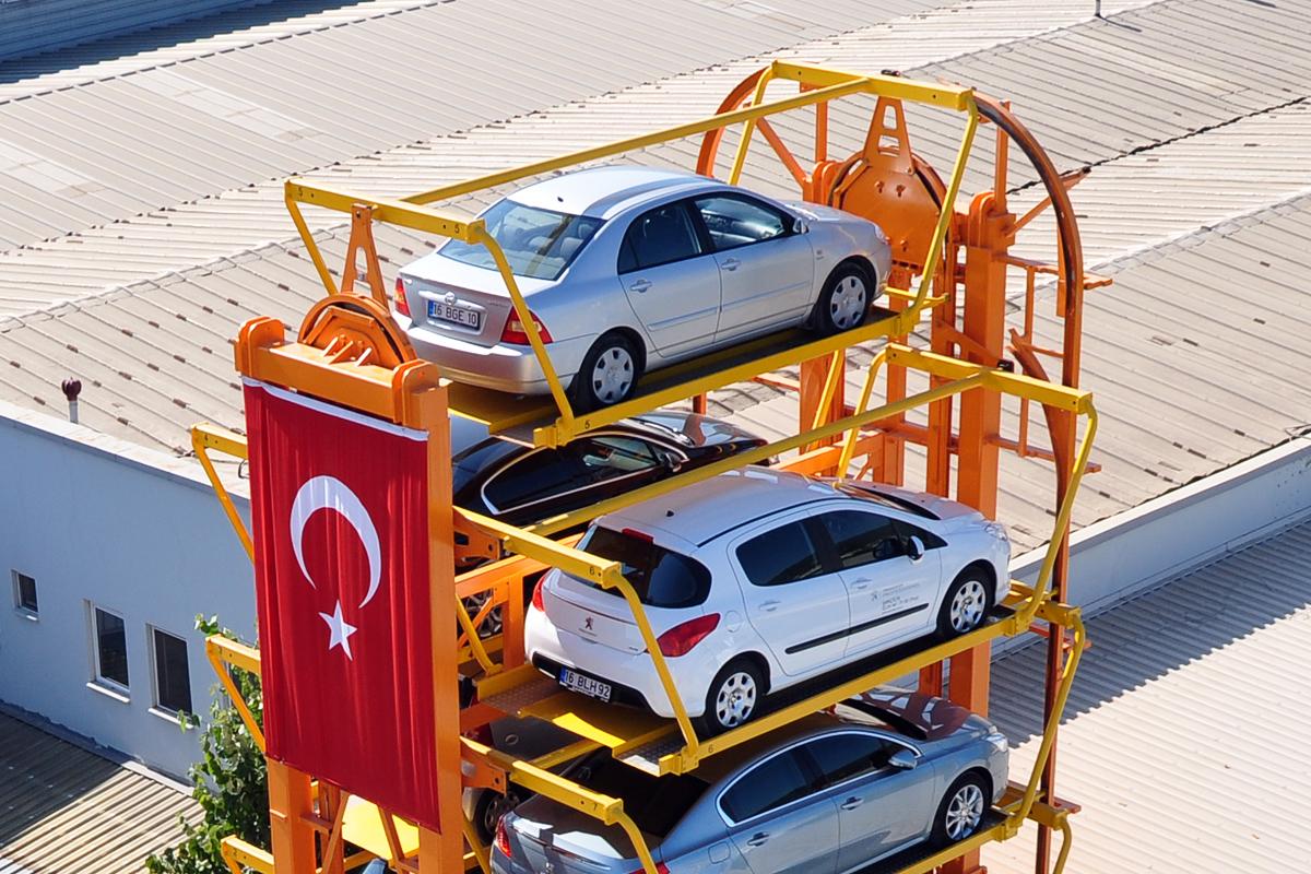 Турецкая роторная парковка на 12 автомобилей