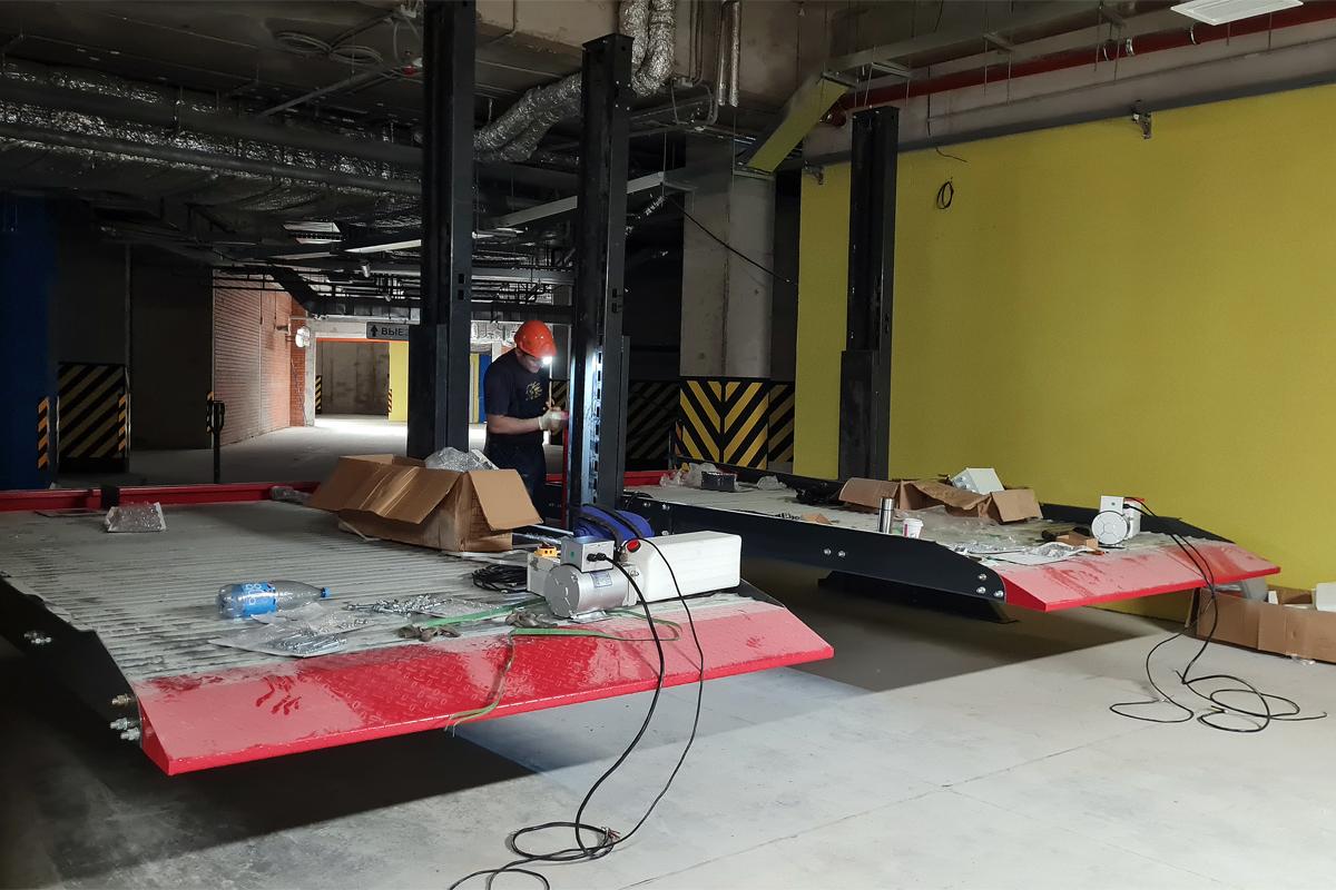 Монтаж парковочных подъёмников в паркинге ЖК «Riviere Noire»