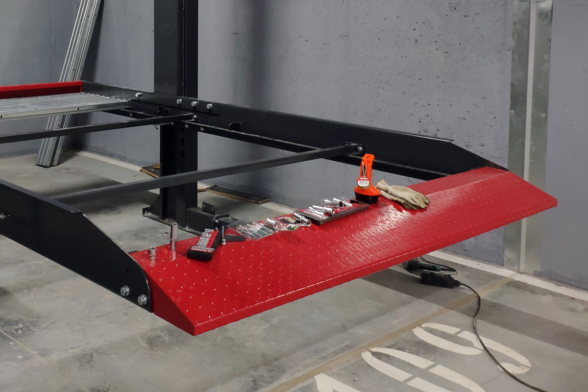 Парковочный подъёмник готов к сборке