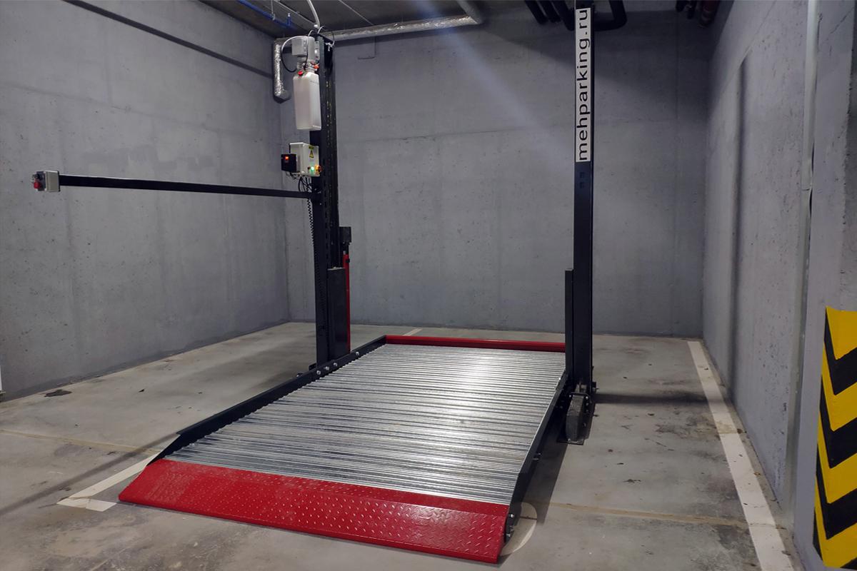 Собранный парковочный подъёмник