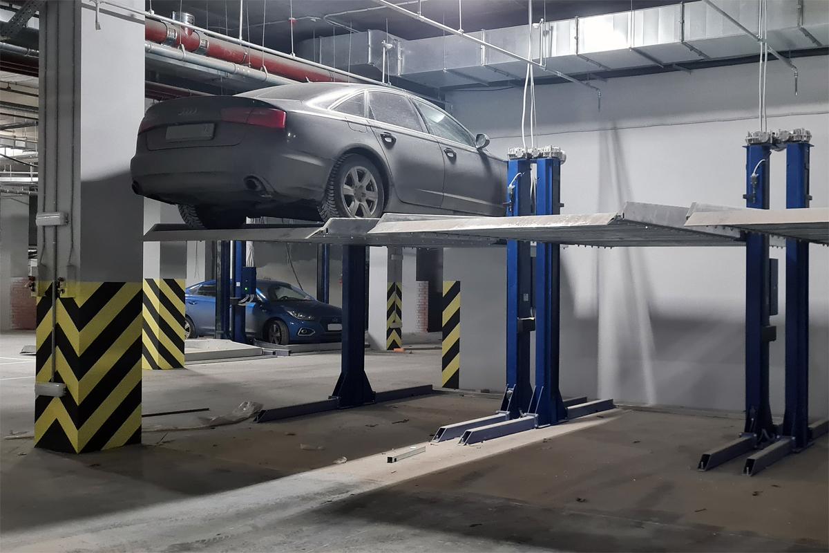 Хранение автомобиля на парковочном подъёмнике ППЭМ
