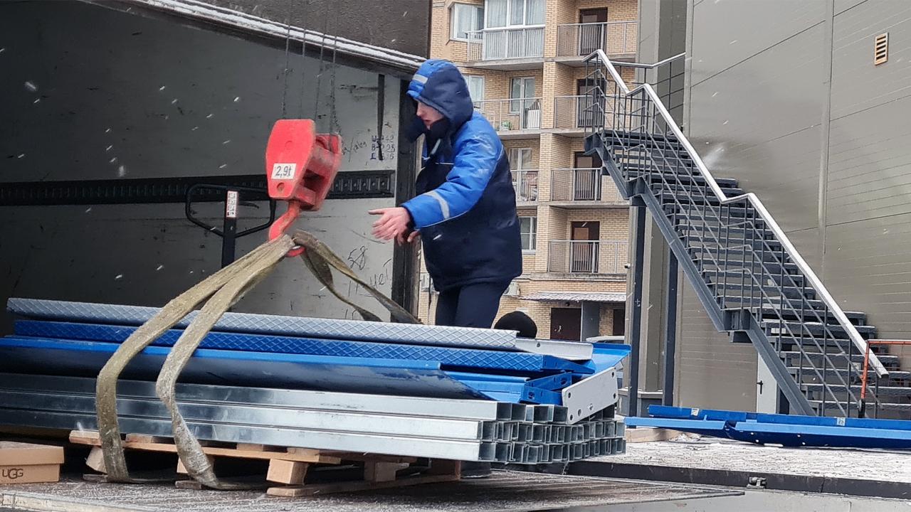 Отгрузка парковочных подъёмников для частного гаража в Рязани