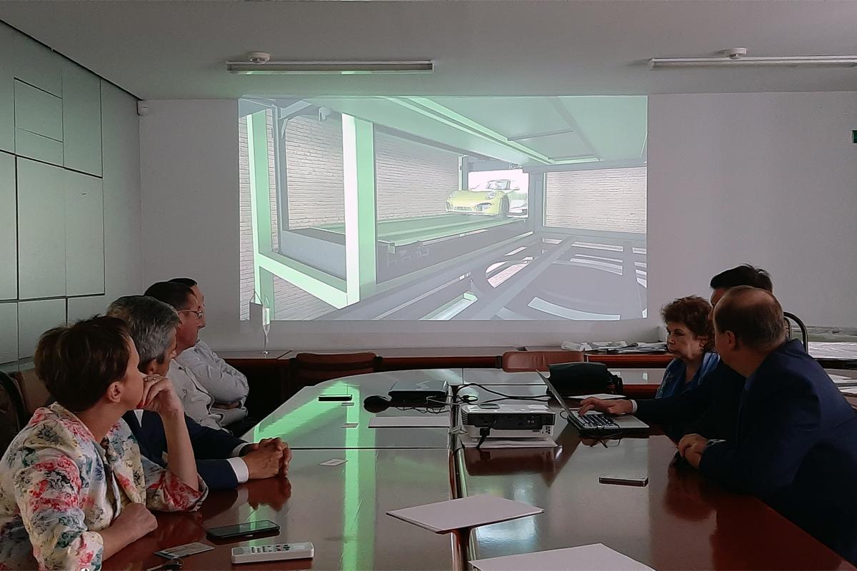 Ознакомление специалистов с особенностями механизированных парковочных систем SanPark