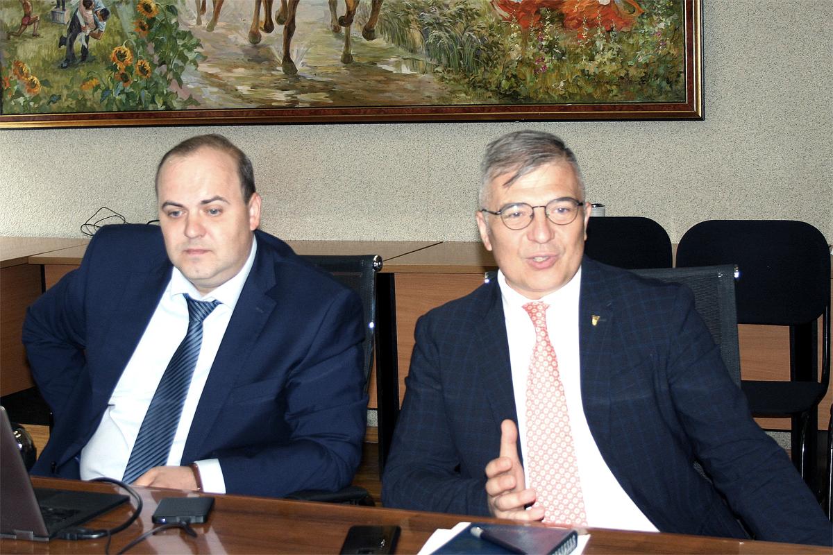 Руководитель компании Паркинги Мегаполиса на встрече в Казани