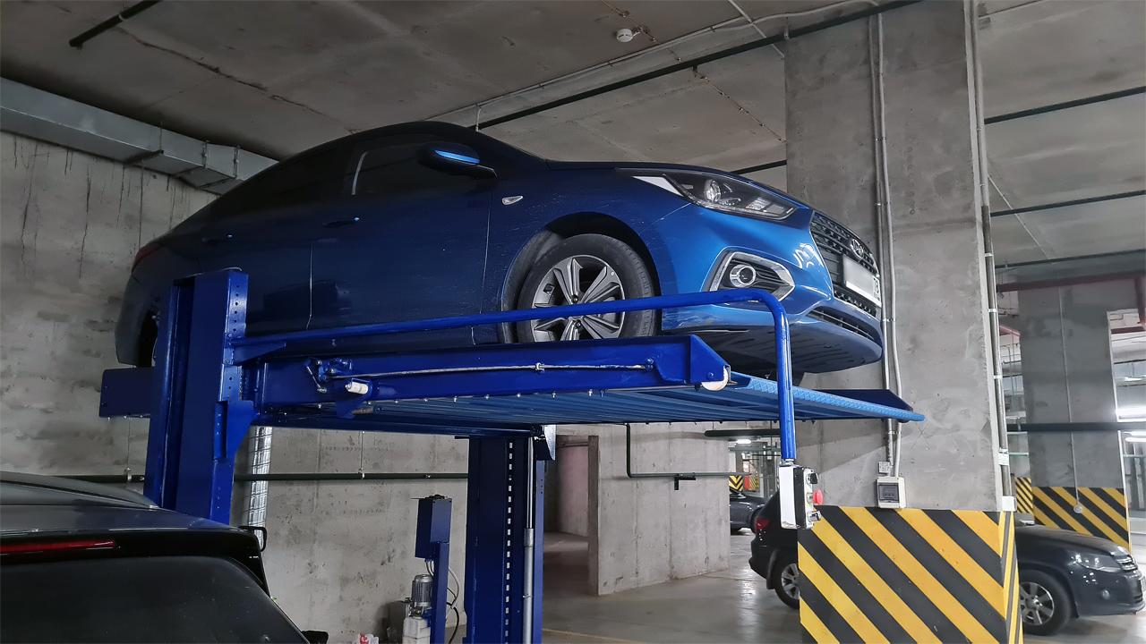 Парковочный подъёмник установленный автовладельцем